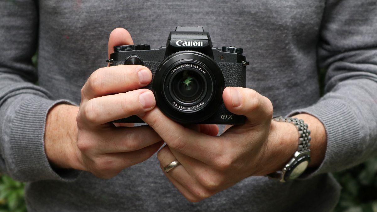 Confronta fotocamere digitali bridge 19